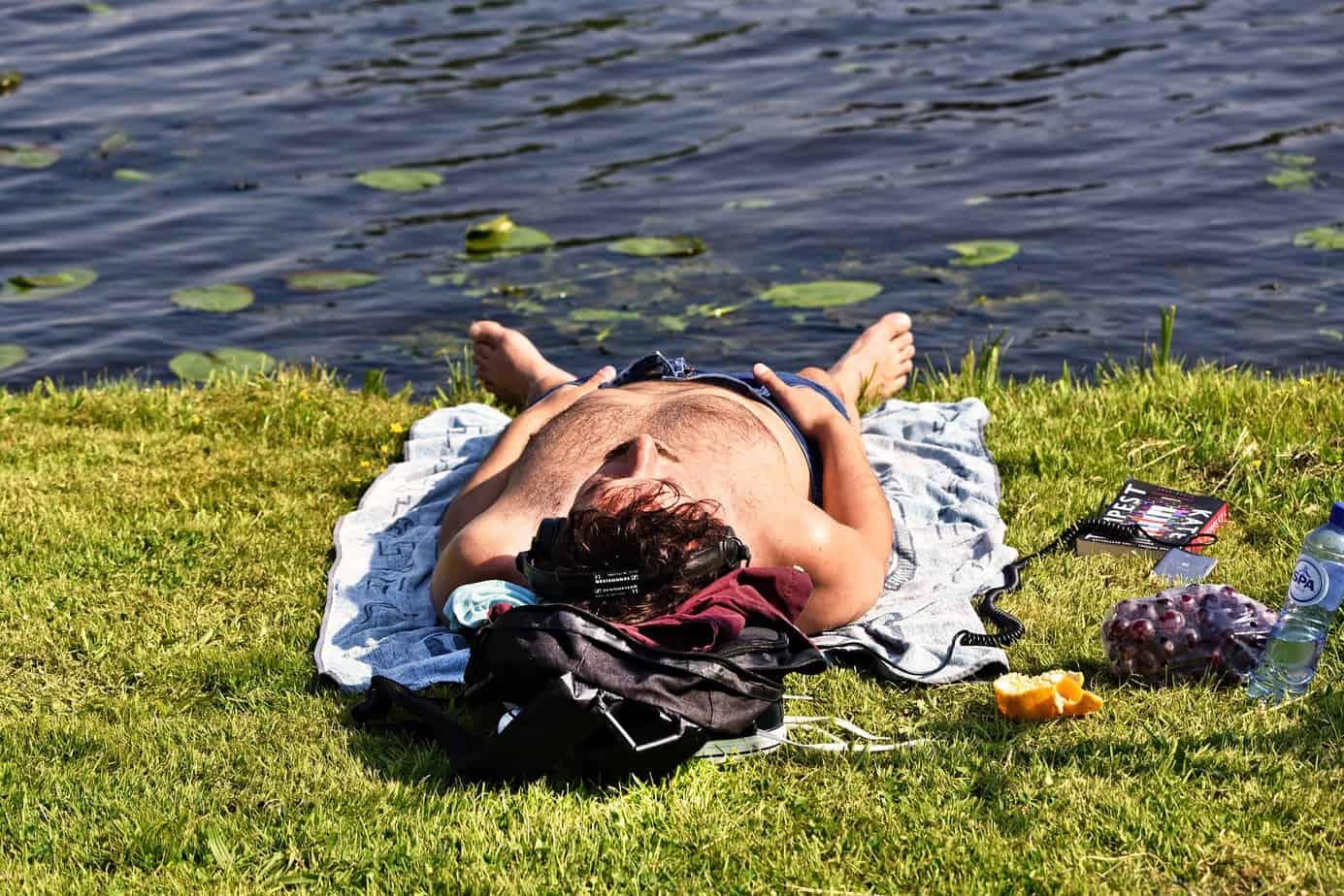 exposition au soleil pour booster la melatonine remede insomnie