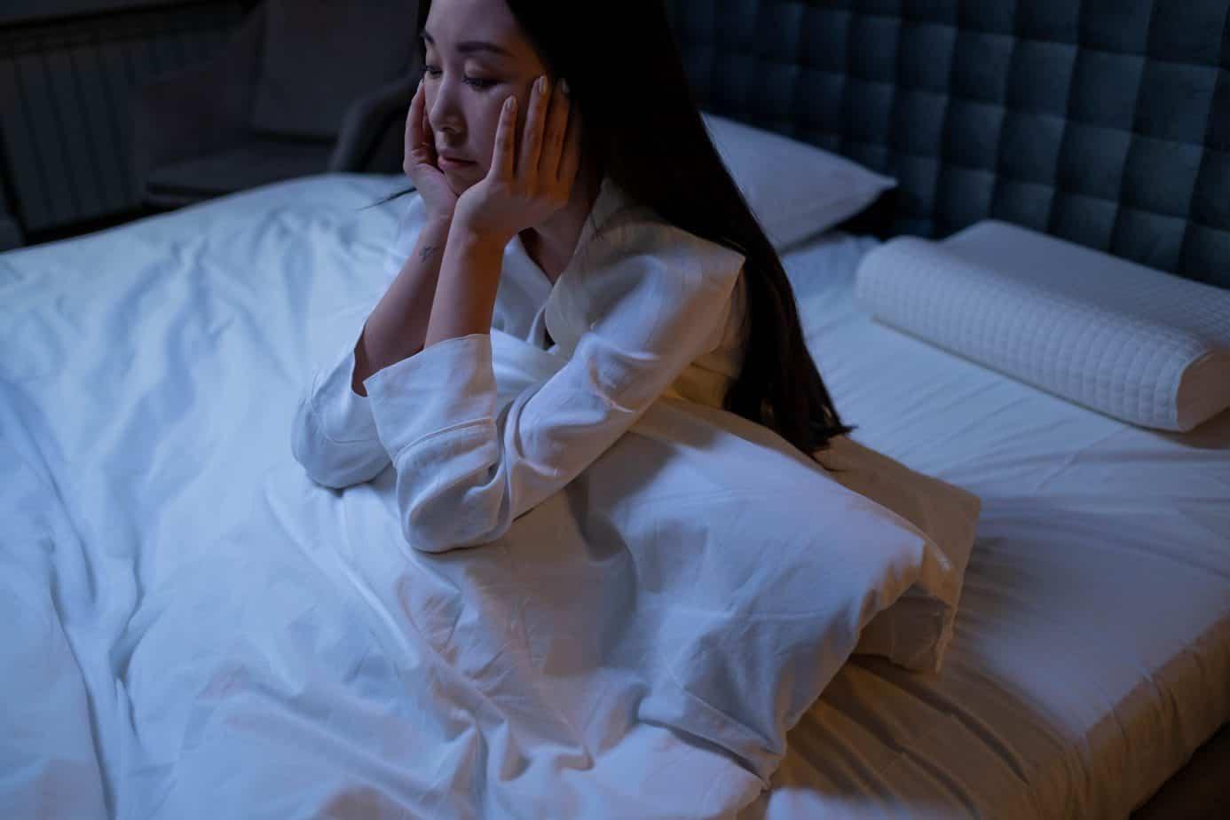 Qu'est-ce que le somnambulisme ? cause conséquence et solution remede insomnie
