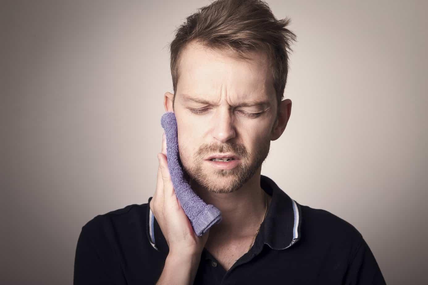 machoire grincement de dents et maux de tête remede insomnie
